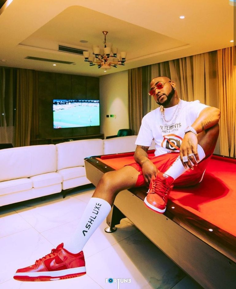 Davido Aquires Brand New Lamborghini (Video)