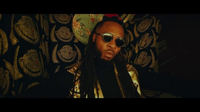DOWNLOAD Flavour Ft Phyno – Doings Mp4 VIDEO