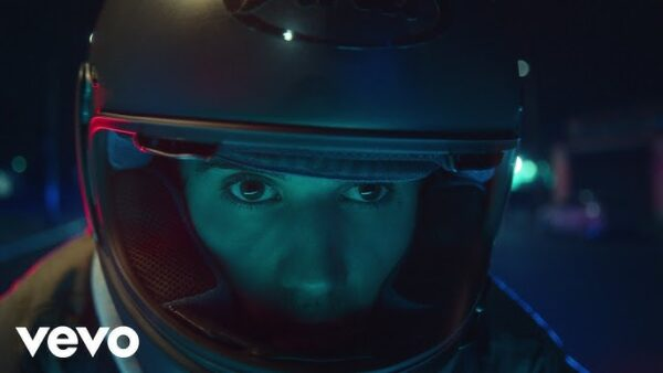 Justin Bieber – Hold On Video Out Now Stream